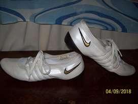 Chatitas Nike Wmns Prep Low Profile S L Talle 38 Originales