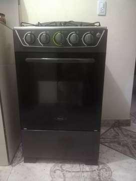 Vendo estufa con horno haceb