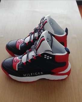 Zapatos baloncesto talla 45