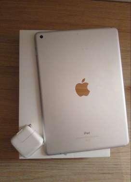 iPad Apple iPad 6ª Generación 2018 A1893 9.7 32gb Silver
