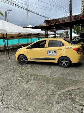 Se vende taxi con cupo