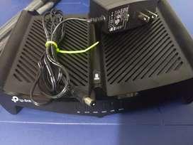 Router rompemuros tp-link casi nuevo