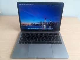 Oferta Macbook Pro 2017 / 13,3 Pulgadas / Core I5 Dual Core / 8gb Ram / 121GB SD