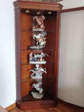 Vitrina porcelanas