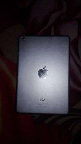 iPad mini 16 gb silver muy buen estado