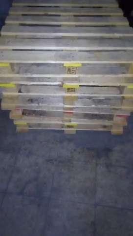 se venden palet de madera