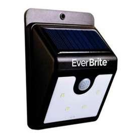Luz Led Exterior Energia Solar Sensor Movimiento Ever Brite