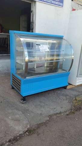 frigorífico de cuatro  bandejas