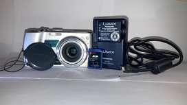 Cámara Digital LUMIX Panasonic DMC-TX1