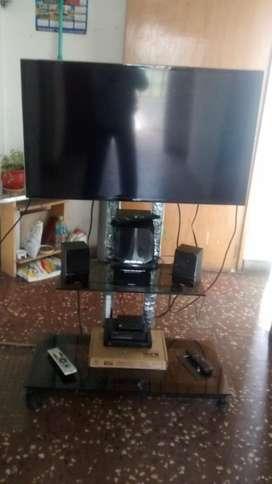 Rack Tv con Ruedas S/299,