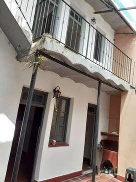 Dueño Alquila casa interna preciosa estilo San Telmo