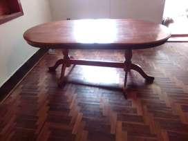 Mesa de madera pata piña oferta