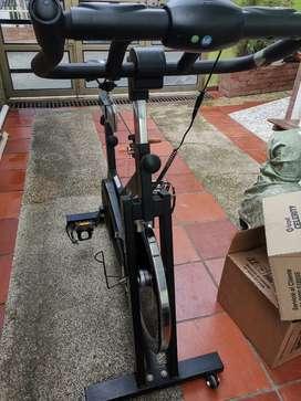 Bicicleta estática con uso