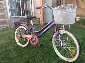 Bicicleta Aurorita, rodado 20. Con la factura de compra. Muy poco uso.