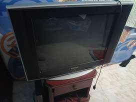 TV de tubo SAMSUNG.