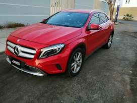 #430. MERCEDES BENZ GLA200