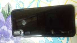 Se vende celular Huawei p20 Lite