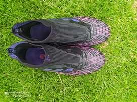 Guayos Adidas talla 7us