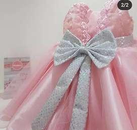 Vestidos Rosa, Blanco