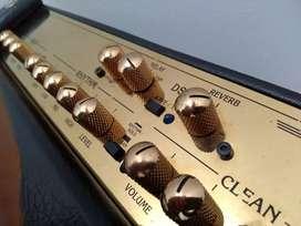 Amplificador Crate Retrofex 65 de 65 watts