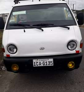Camion Hiunday  H 100 año 2001 todo en regla
