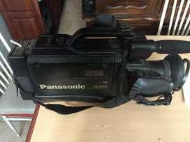 Vendo filmadora Panasonic M3000
