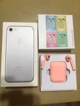 IPhone 7 32 Gb estado de batería 77% con caja y cargador y auriculares bluetooth  inPods 12 .