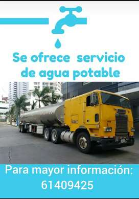 Servicio de transporte de agua potable