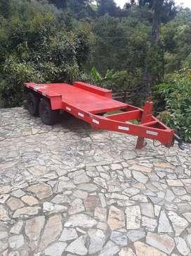 Vendo trailer americano para 4 toneladas