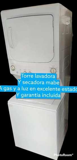Torre lavadora y secadora