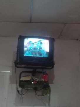 Vendo tv color nitido