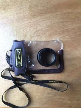Funda impermeable DicaPac para camara compactas con lente de zoom perfecta para buceo, snorkel y actividades de agua