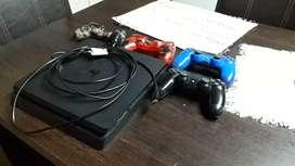 VENDO PS4 + JOYS + FUNDAS PARA JOYS + CABLE