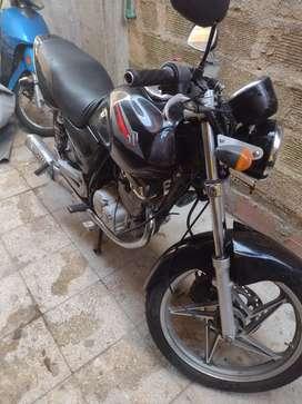 Vendo moto Susuki 125