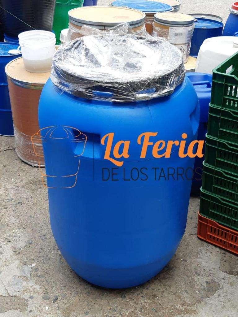 Garrafas Canecas tarros de 55 gls o 200 litros NUEVAS 0