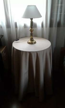Mesa vestida