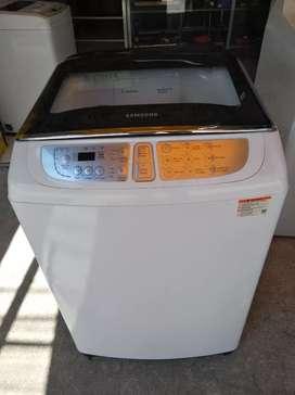Lavadora digital Samsung 27 libras usada como nueva