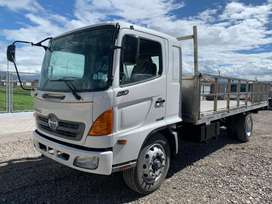 Camion Hino GD 2015