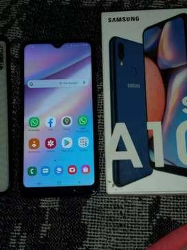 Vendo Samsung A10S con dos días de uso con todos los accesorios flamante