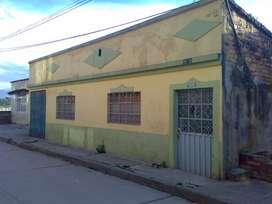Vendo Casalote 200 m2