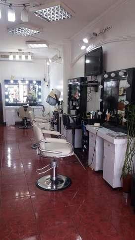 Vendo prestigiosa peluqueria en zona comercial SAMBORONDON