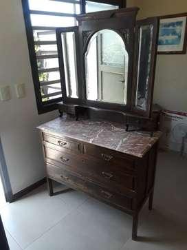 Juego de dormitorio estilo inglés excelente estado25900