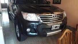 Toyota Hilux D/C SRV 4x4 impecable 2da mano