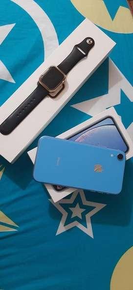 Iphone XR  y reloj watch serie 4