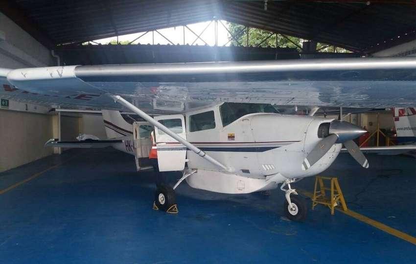 Se vende avion Cessna 206 - Colombia
