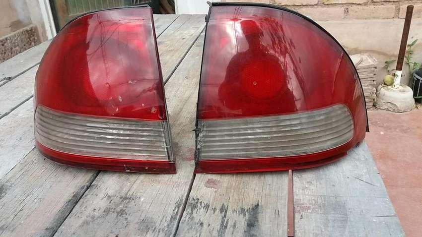 Faros traseros Chevrolet Corsa Classic usados 0