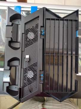 Roto Cooler Stand Vertical PS 4 3 Puertos USB 2 Fan Playstation Gamer Consola Mando Cargador Juegos TV