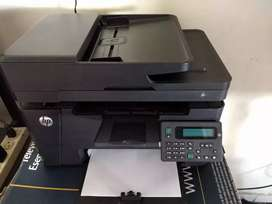 Impresora multifuncional marca HP modelo M127fn