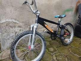 Bicicleta BMX precio negociable