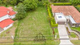 FLAT LOT FOR SALE IN HACIENDA LOS REYES FULL AMENITIES & PERFECT WEATHER